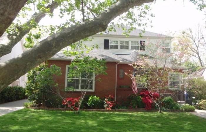 2772 Land Park Drive, Sacramento CA 95818